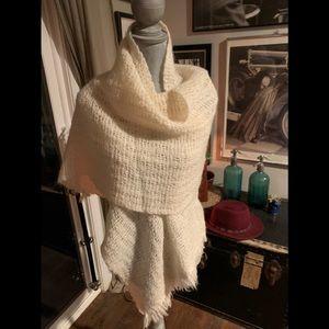 Beautiful large wool shawl